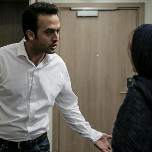 مصطفی زمانی در فیلم «لابی» ساخته محمد پرویزی