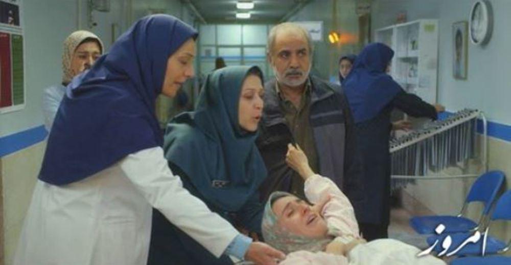 """پرویز پرستویی، سهیلا گلستانی و شبنم مقدمی در نمایی از فیلم  """" امروز"""""""