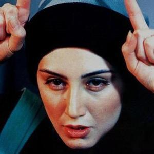 هدیه تهرانی در فیلم «کاغذ بی خط»