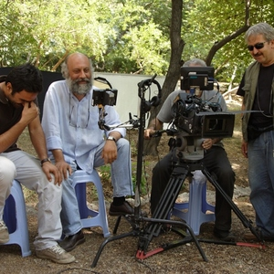 بابک کریمی و امیر عزیزی در نمایی از فیلم من از سپیده صبح بیزارم