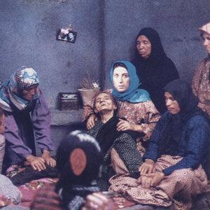 نمایی از فیلم «روسری آبی» ساخته رخشان بنیاعتماد