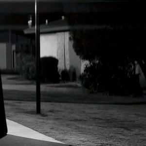 فیلم «دختری در شب تنها به خانه می رود»(A Girl Walks Home Alone At Night)