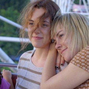 فیلم «آهنگ عاشقانه»(Lovesong) با بازی جنا مالون و رایلی کیئو