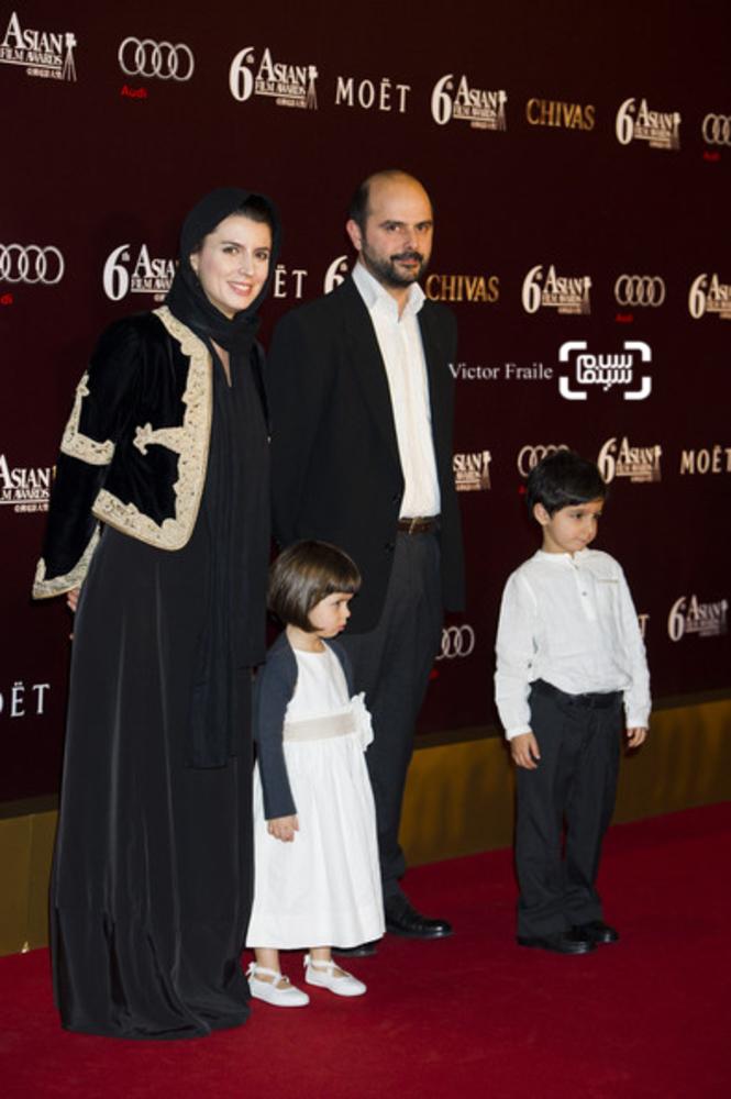 لیلا حاتمی در کنار همسرش علی مصفا و فرزندانشان در ششمین جشنواره فیلم آسیا