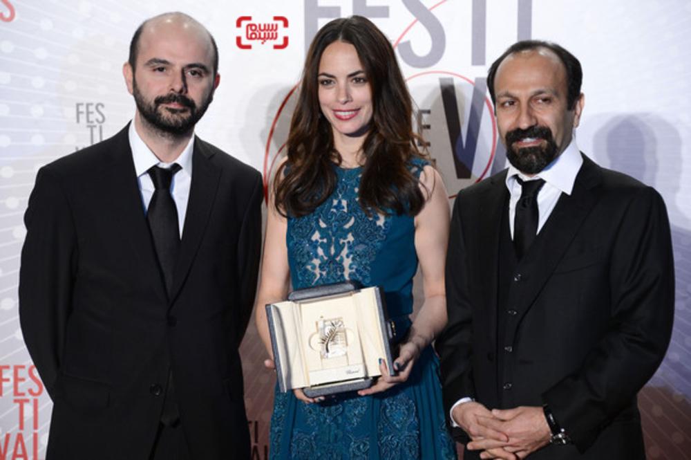 اصغر فرهادی، علی مصفا، برنیس بژو برنده جایزه بهترین بازیگر زنبرای فیلم «گذشته» در جشنواره فیلم کن 2013