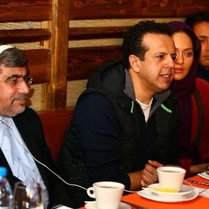 علی جنتی در پشت صحنه نهنگ عنبر به همراه سامان مقدم و مهناز افشار
