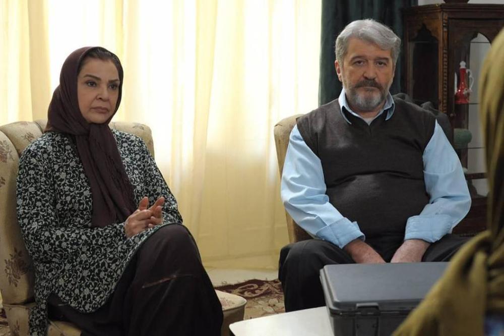 افسر اسدی و امید روحانی در فیلم «نیمکت»