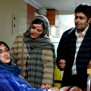 باران کوثری، فرهاد اصلانی و هنگامه قاضیانی در فیلم «من مادر هستم»