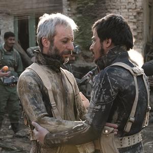 حسین سلیمانی و کاظم سیاحی در فیلم «اروند»