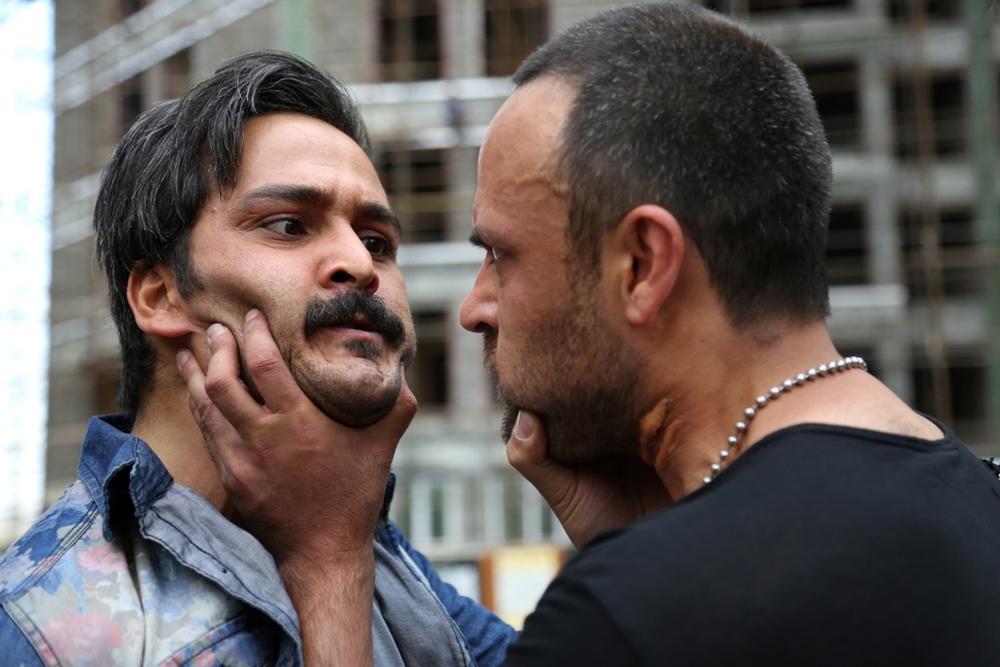 علیرضا کمالی و میلاد کیمرام در فیلم «هاری»