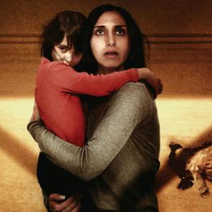 فیلم «زیر سایه»(Under the Shadow) با بازی نرگس رشیدی و آوین منشادی