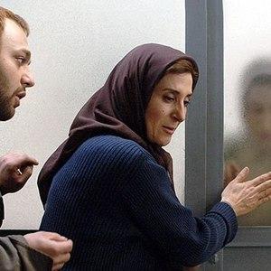 فاطمه معتمد آریا و صابر ابر در فیلم «اینجا بدون من»