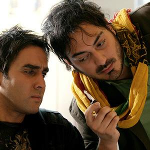پوریا پورسرخ و نیما شاهرخ شاهی در فیلم «آخرین سرقت»