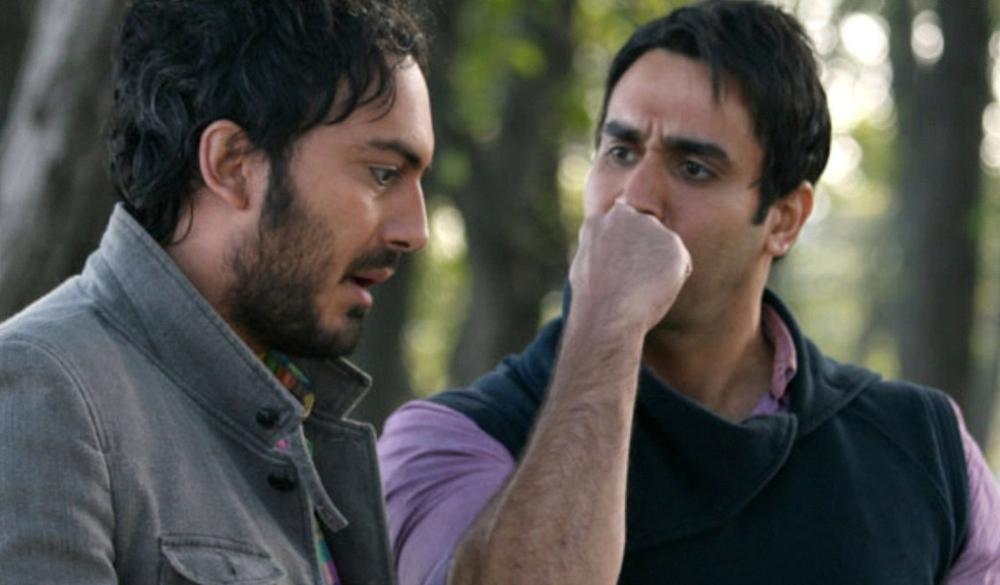 پوریا پورسرخ و نیما شاهرخ شاهی در نمایی از فیلم «آخرین سرقت»