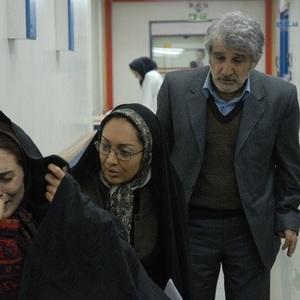 بهناز جعفری، نیکی کریمی و مهدی هاشمی در فیلم تلفن همراه رئیس جمهور