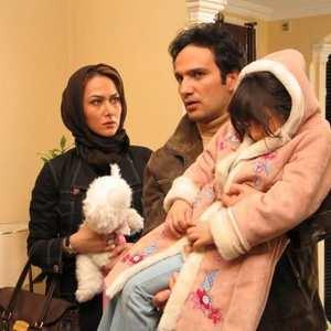 آنا نعمتی و محمدرضا فروتن و بازیگر کودک فیلم زن دوم
