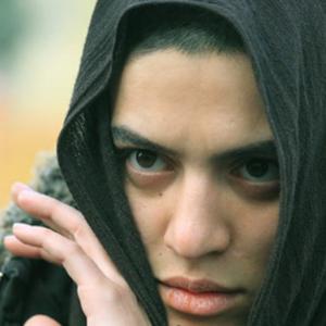 شایسته ایرانی در  فیلم آینه های رو به رو نگار آذربایجانی