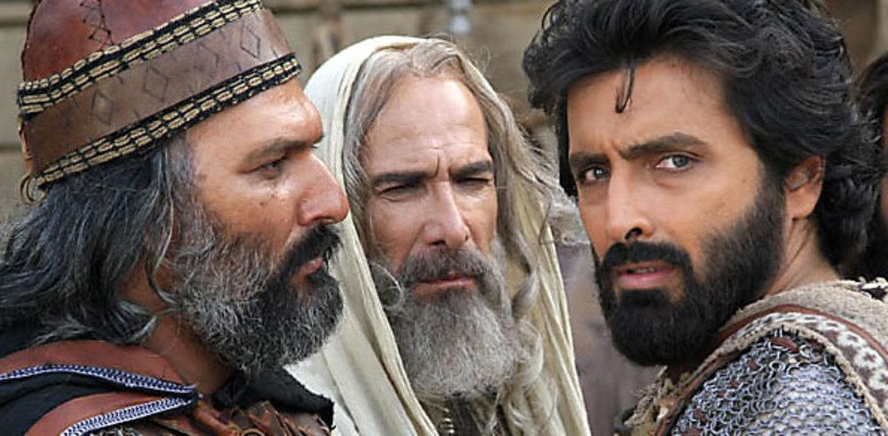 امین زندگانی و حسین محجوب در نمایی از فیلم ملک سلیمان نبی