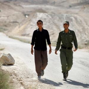 نمایی از فیلم او خوب سنگ می زند