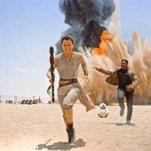 دیسی ریدلی و جان بویگا در فیلم «جنگ ستارگان: نیرو برمیخیزد»