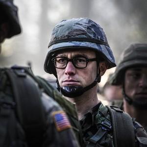 «اسنودن»(Snowden) با بازی جوزف گوردون لویت