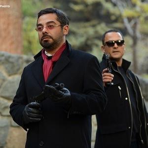 سام قریبیان و حسین یاری در سریال نمایش خانگی «عالیجناب»