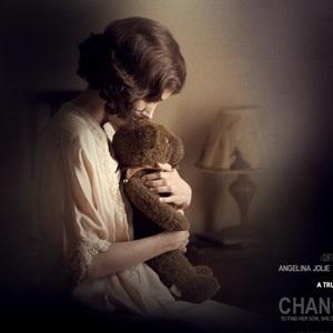 آنجلینا جولی در نمایی از فیلم «بچه جایگزین»