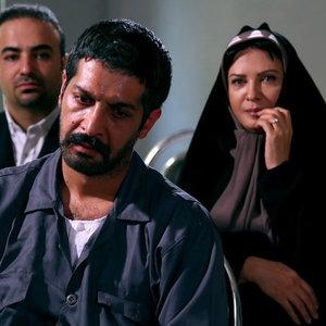 لعیا زنگنه و کامران تفتی در فیلم «این زن حقش را میخواهد»