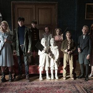 فیلم «خانه دوشیزه پرگرین برای بچههای عجیب و غریب»