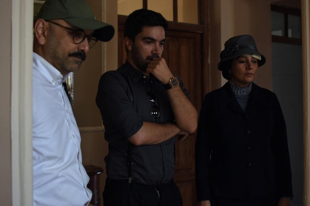 هنگامه قاضیانی، علی حضرتی و حبیب رضایی در پشت صحنه فیلم «یک قناری یک کلاغ»