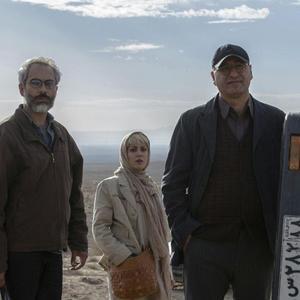 اولین عکس منتشر شده از فیلم «بی حساب» با بازی حمید فرخ نژاد، طناز طباطبایی و علی قربانزاده