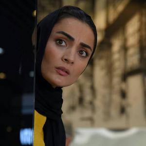 السا فیروزآذر در فیلم «ملی و راه های نرفته اش»