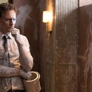 تام هیدلستون در نمایی از فیلم «بلندی»