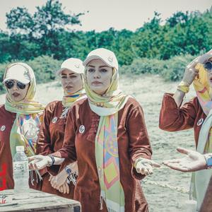 سحر قریشی، لیلا اوتادی، سمانه پاکدل و بهاره افشاری در نمایی از قسمت اول مجموعه «13 شمالی»