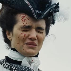 ریچل وایس در نمایی از فیلم  «سوگلی» (The Favourite)