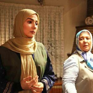 صفا آقاجانی و سارا صوفیانی در سریال «روزهای بی قراری 2»