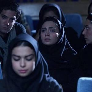 باران کوثری و پگاه آهنگرانی وامیر علی نبویان در فیلم خانه دختر