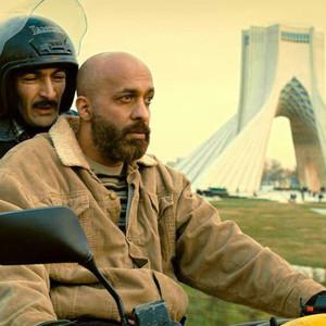 پیام احمدی نیا و لطف الله سیفی در فیلم «حمال طلا»