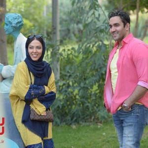 پوریا پورسرخ و لیلا اوتادی در فیلم «سلام علیکم حاج آقا»