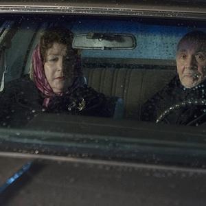فرانک لانگلا و مارگو مارتیندال در نمایی از سریال «آمریکایی ها» (The Americans)