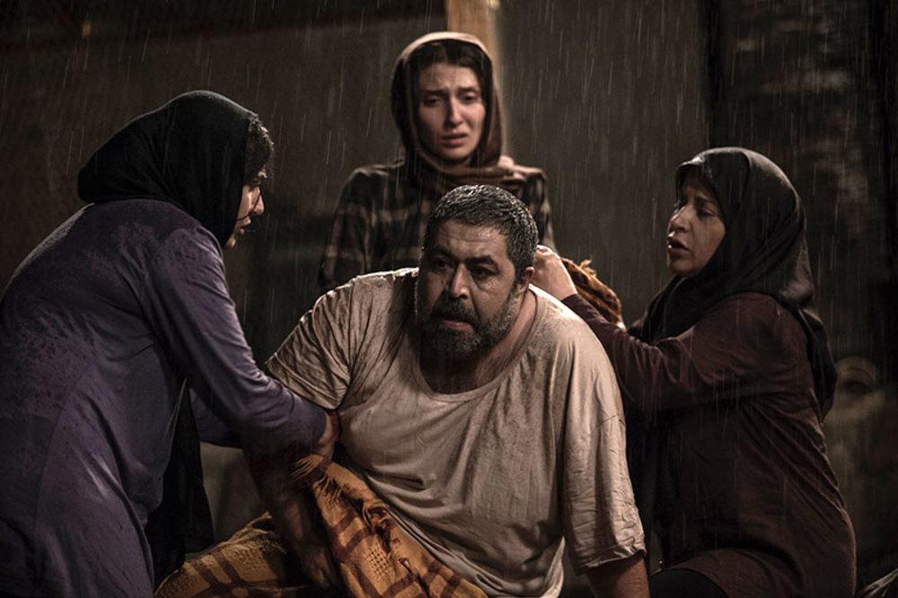نمایی از فیلم کوچه بی نام ساخته هاتف علیمردانی