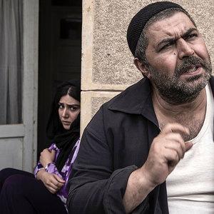 کوچه بی نام با بازی فرهاد اصلاني و باران کوثری