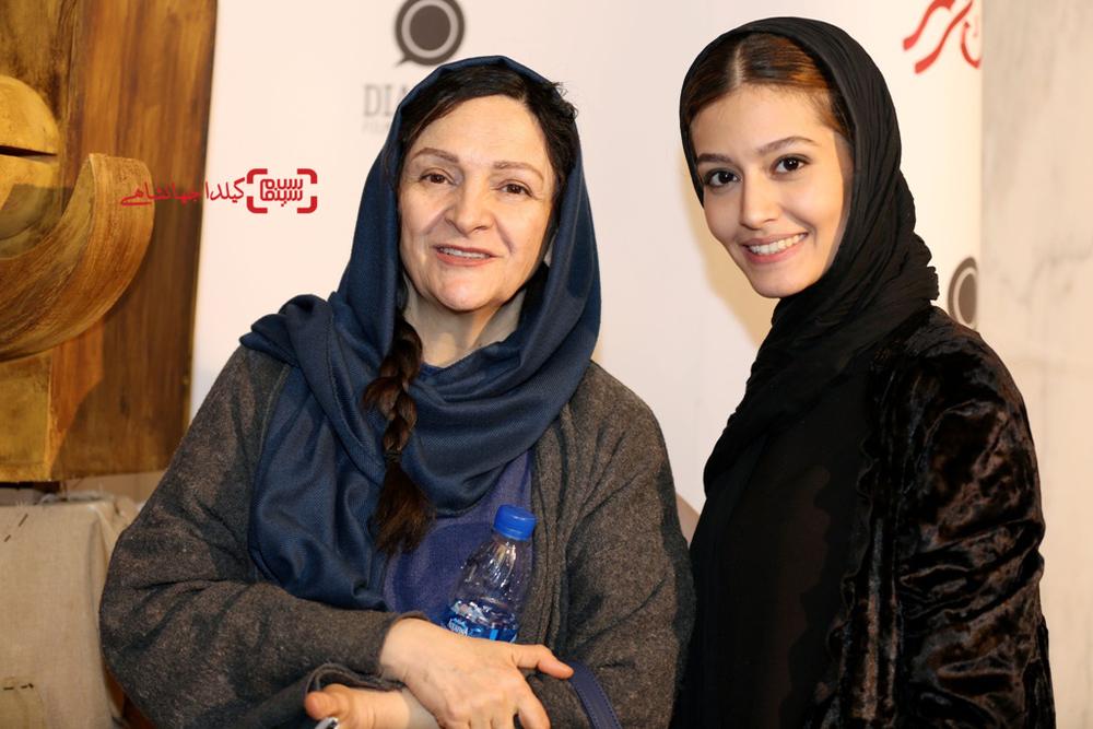 گلاب آدینه و پردیس احمدیه در اکران خصوصی فیلم «لاک قرمز»