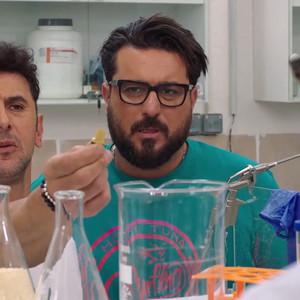 امین حیایی و محسن کیایی در قسمت 20 سریال «ساخت ایران2»