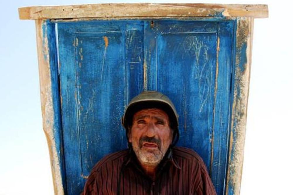 رضا ناجی در فیلم «آواز گنجشک ها»