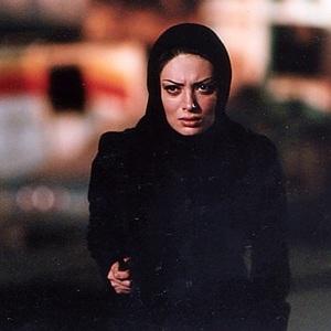 نگار فروزنده در فیلم «پاپیتال»