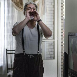 آتیلا پسیانی در فیلم «بی حساب»