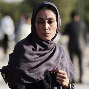 هدیه تهرانی در نمایی از فیلم «بدون تاریخ، بدون امضا»