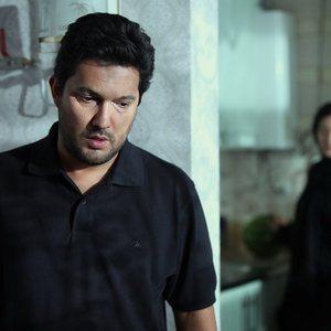 حامد بهداد در فیلم خانه دختر ساخته شهرام شاه حسینی