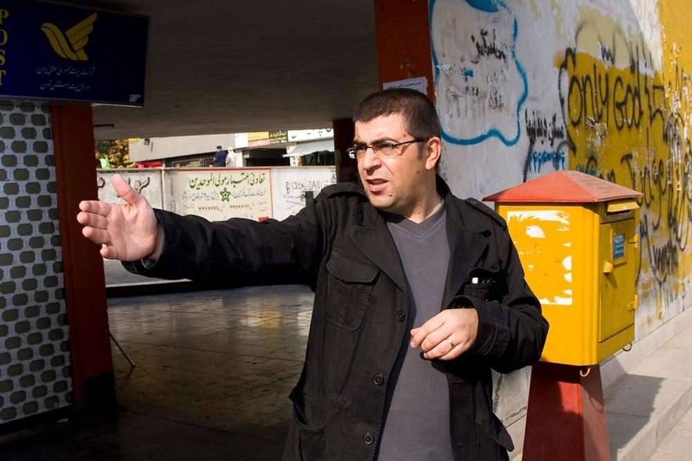 مجید برزگر در پشت صحنه فیلم «فصل باران های موسمی»